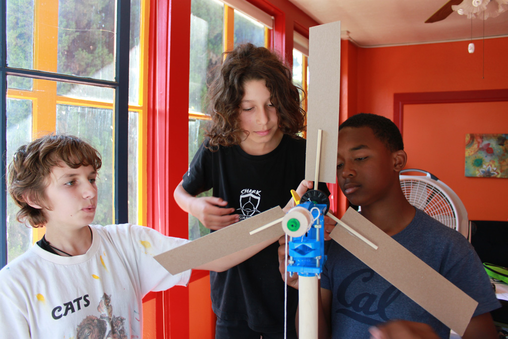 MontessoriMiddleSchool WindTurbine